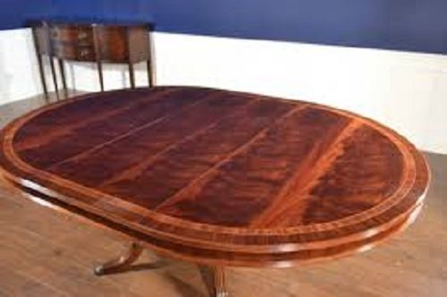 Leighton Hall Round Mahogany Dining Table 60 Diameter