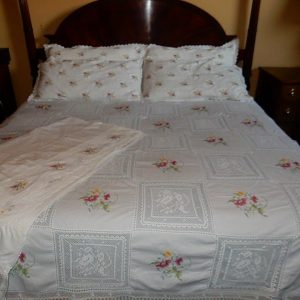 Gorgeous, Vintage, Hand Sewn,Linen,Crotchet Lace,Needlepoint, 6 Piece King Size Bedding Set