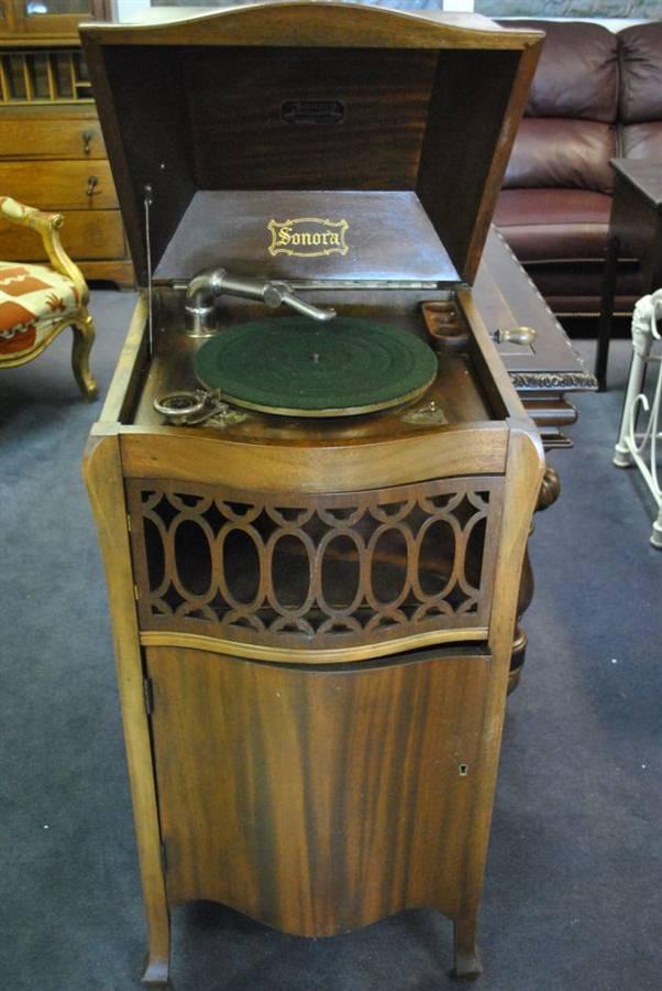 Antique 1924 Sonora Baby Grand Victrola Serial # 150548