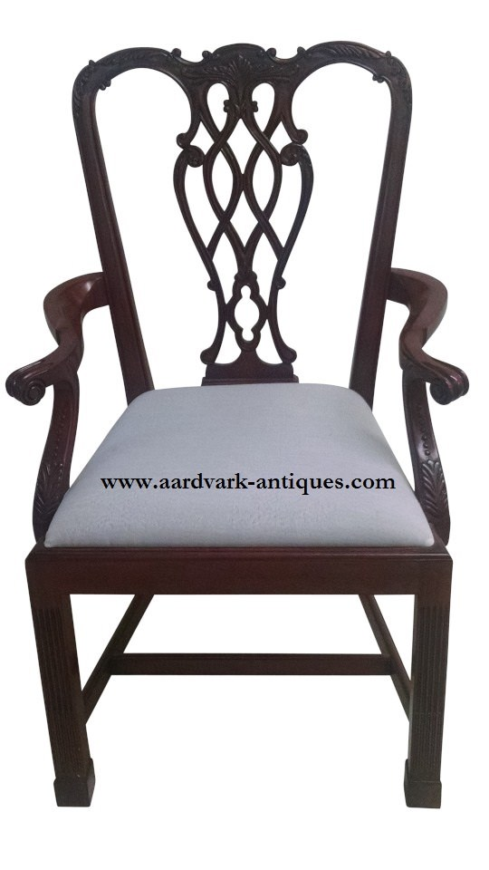 """Floor Sample, Set of 8 Leighton Hall Chippendale Style """"Marlborough"""" Mahogany Fine Dining Chairs"""
