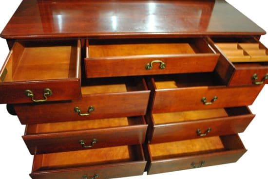 Pennsylvania House Cherry 9 Drawer Dresser & Mirror #4507 54